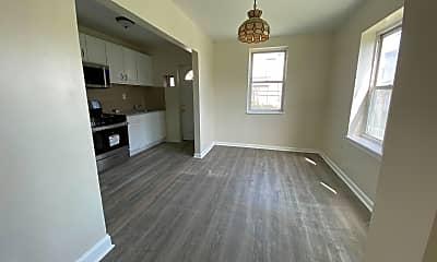 Living Room, 2639 Lloyd St, 1