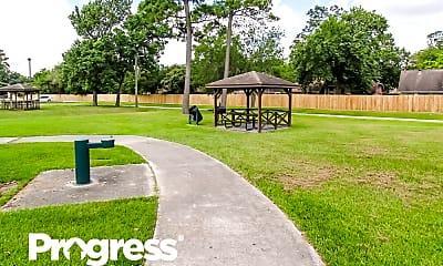 Playground, 302 Dunford Ct, 2
