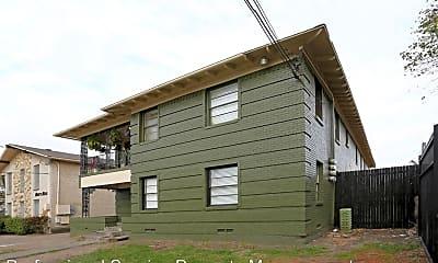 Building, 4815 Live Oak St, 0