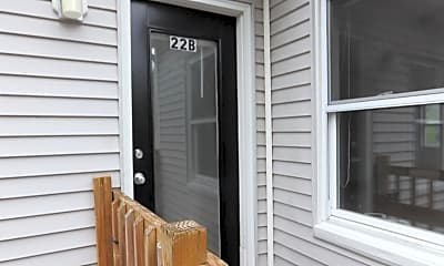 Patio / Deck, 20-22 Whipple Rd, 1