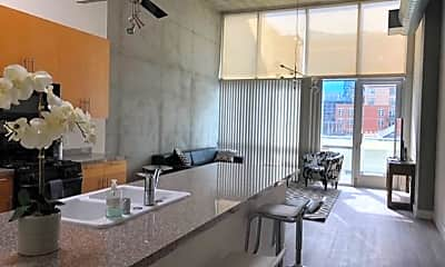 Living Room, 1025 Island Ave, 1