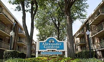 Alexander Gardens, 2