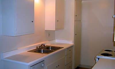 Bathroom, 3344 Redondo Beach Blvd, 2