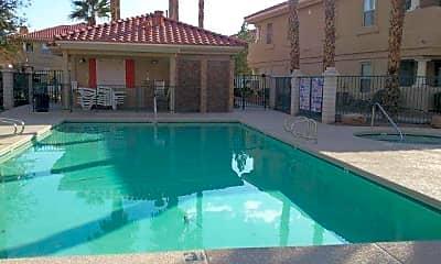 Pool, 372 Manti Pl, 2