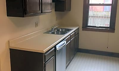 Kitchen, 31 E 2nd Ave, 1