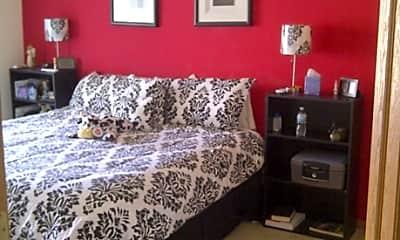 Bedroom, Mendocino Village Apartments, 2