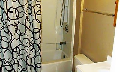 Bathroom, 517 2nd St NW, 2