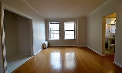 Living Room, 6101 N Sheridan Rd, 0