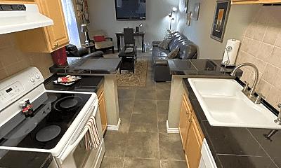 Kitchen, 6701 Eastridge Rd, 2