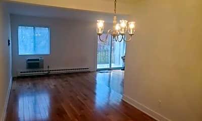 Living Room, 44 Cerretta St 8, 1