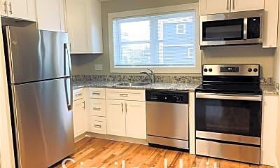 Kitchen, 445 Kennard Rd 22, 1