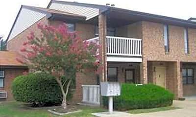 Building, Cunningham Apartments, 0