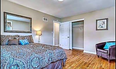 Bedroom, 113 Pine Hollow Rd, 2