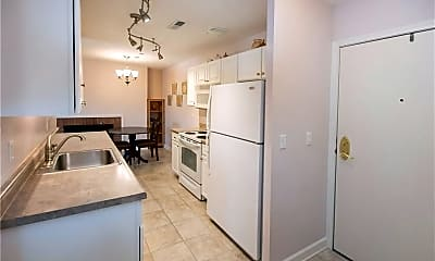 Kitchen, 2885 Pease Dr, 1