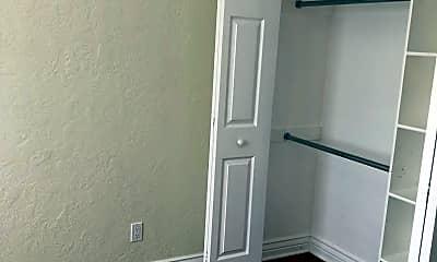 Bedroom, 1224 Glenwood Dr, 2