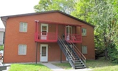 Building, 1009 Southpark Dr, 1