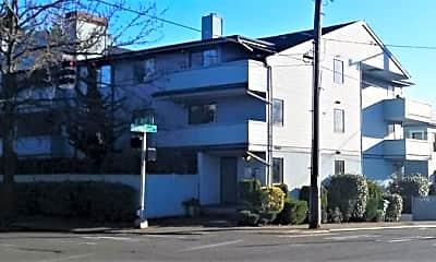 Building, 3940 Wallingford Ave N, 1
