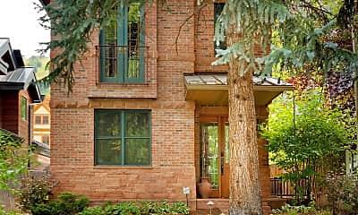 Building, 331 W Bleeker St, 2
