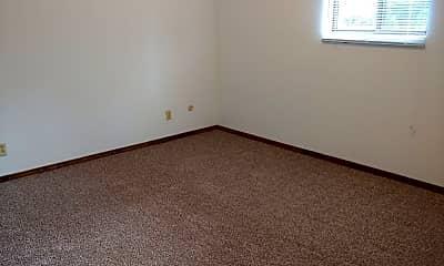 Bedroom, 626 Sycamore Cir, 2