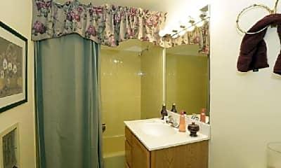 Bathroom, 901 Corey Ln, 2