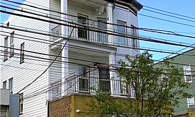 Building, 137 Lake Ave 2W, 0