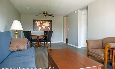 Dining Room, 731 Sycamore St, 2