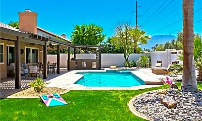 Pool, 44335 Camino Azul, 0
