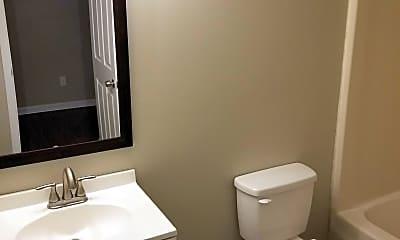Bathroom, 733 Lancaster Ave, 2