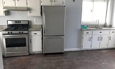 Kitchen, 963 Winthrop Ave, 2