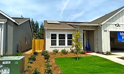Building, 5855 E Pitt Ave, 1