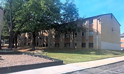 Woodington Gardens Apartments, 2