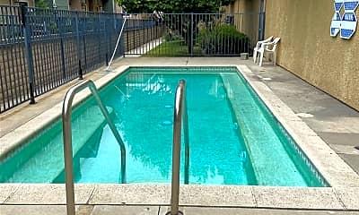 Pool, 9014 Burnet Ave 9, 2