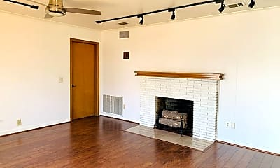 Living Room, 3152 Waits Ave, 0