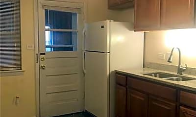 Kitchen, 2116 S 13th Ave, 0