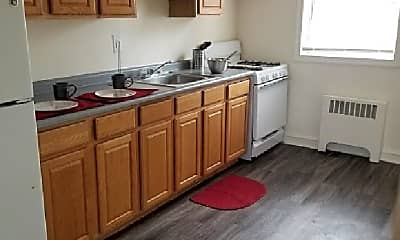 Kitchen, 1130 Falls Hill Dr, 1