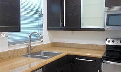 Kitchen, 1519 Drexel Ave 404, 2
