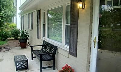 Patio / Deck, 3558 Central Ave, 1