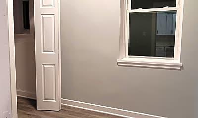 Bedroom, 2306 S Oakley Ave, 2