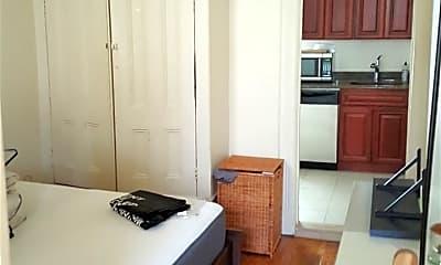 Kitchen, 341 Bloomfield St 3E, 1