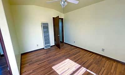 Bedroom, 2471 Eel River Dr, 1