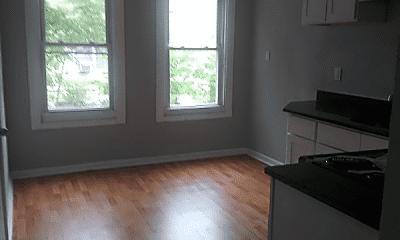 Living Room, 161 N Oraton Pkwy, 1