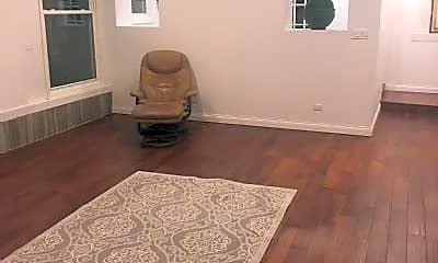 Bedroom, 5300 N Lockwood Ave, 1