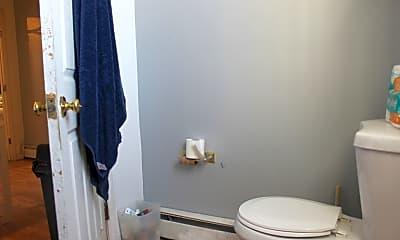 Bathroom, 647 Cambridge St, 2