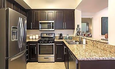 Kitchen, 801 E Walnut St, 1