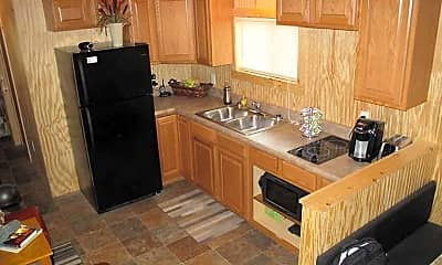 Kitchen, North Dakota Housing - Prairie View RV Park, 1