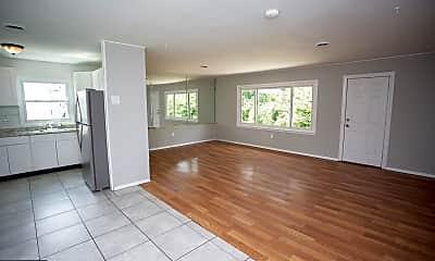Living Room, 17 Snowdon Ln, 1