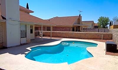 Pool, 10929 Sandy Koufax Dr, 2