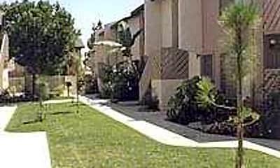 Woodglen Apartments, 0