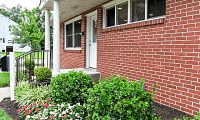 Building, Chesapeake Village, 0