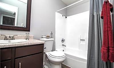 Bathroom, 5430 50th St 4906-B, 1